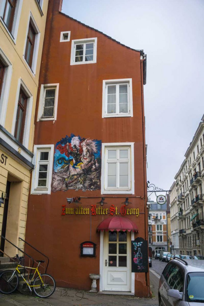 A mural on the side of a pub in Hamburg.
